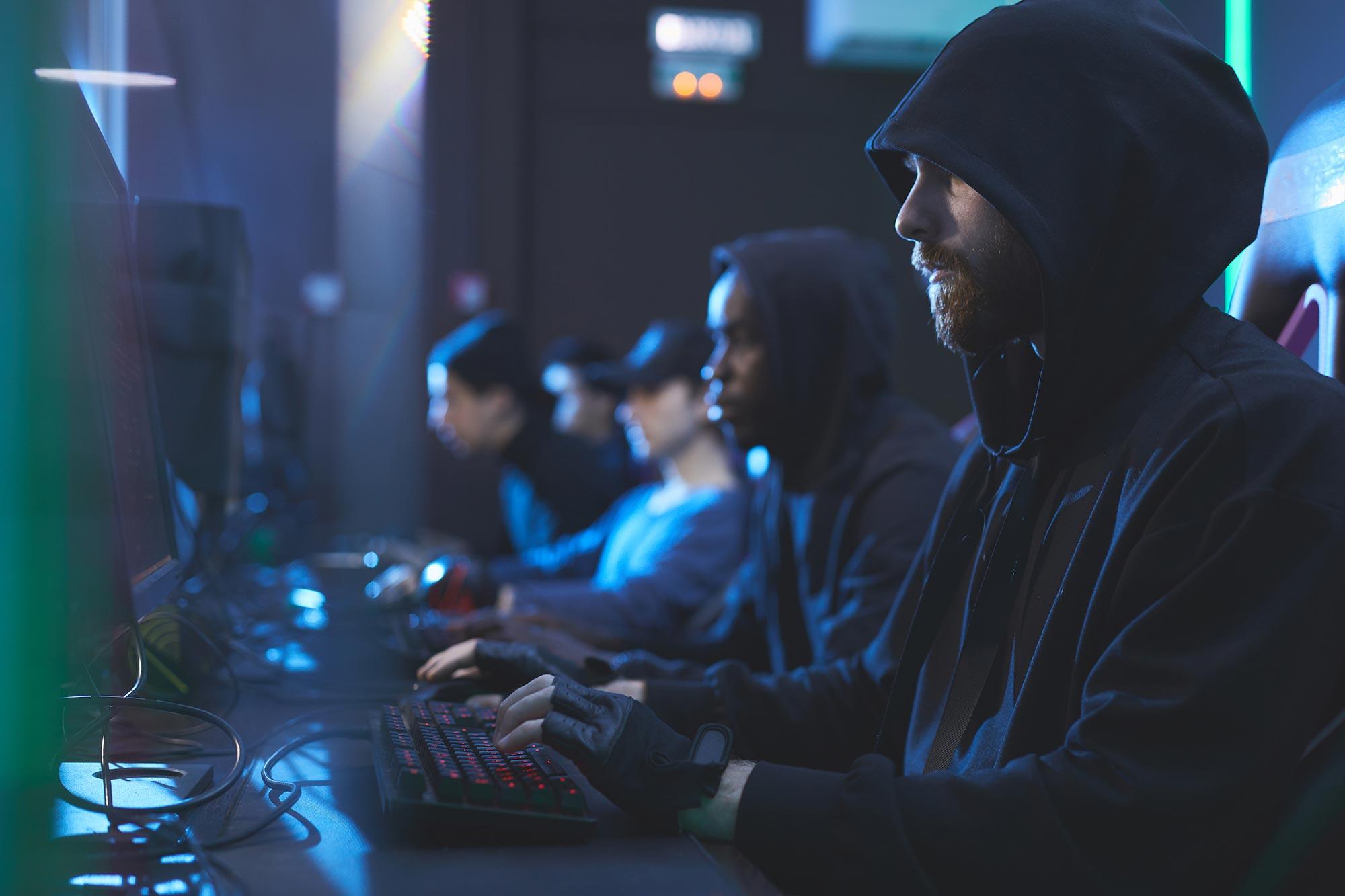 Проконсультируйтесь с юристом:мошенничества в интернете